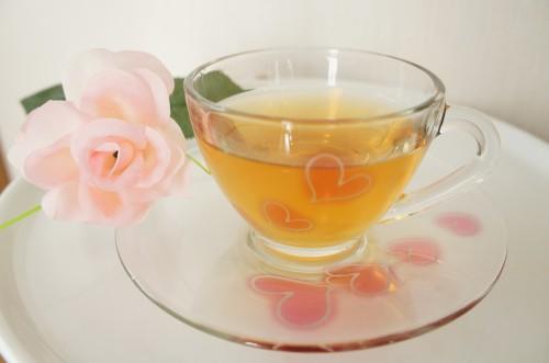 ふんわりハートの花柄ティーカップ